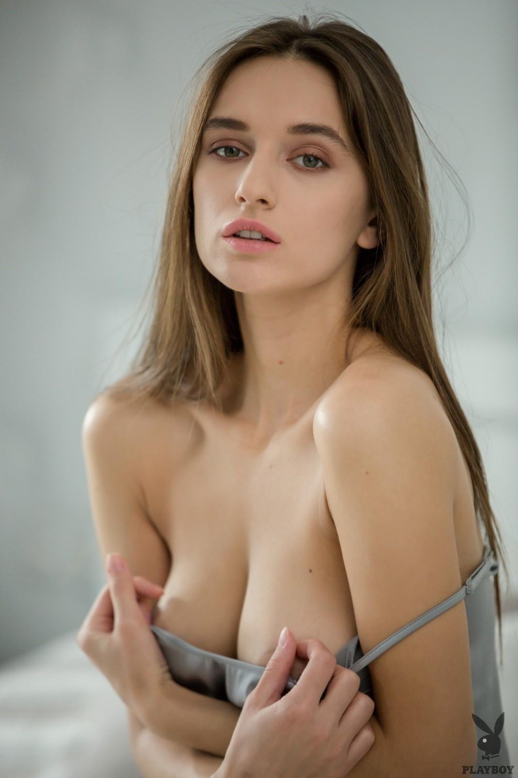 Alexandra  nackt Gloria Sofia Vergara