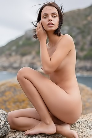 Ariela Explores Outdoors Nature Fully Naked
