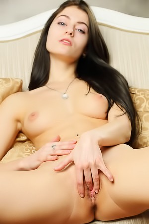 Naked Rebecca G Plays With Her Pussy